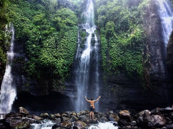 Keunikan Wisata Air Terjun